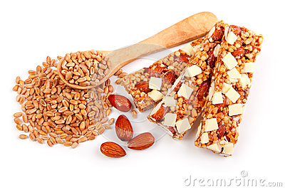 Protein bars with nuts