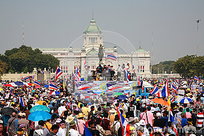 Protesters gather at King Rama 5 statue Editorial Stock Photo