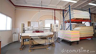 Fabbrica Di Materassi.Prova Di Sforzo Dei Materassi Produzione Del Materasso Controllo