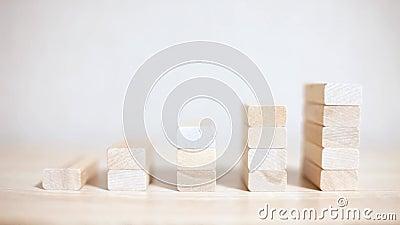 Przyrost, biznesowy sukces drewnianych bloków pojęcie zbiory