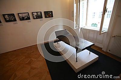 Psychoanalysis couch in Sigmund Freud museum in Vienna Editorial Photo