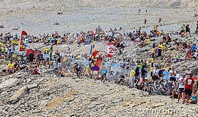 Pubblico del Tour de France su Mont Ventoux Fotografia Stock Editoriale