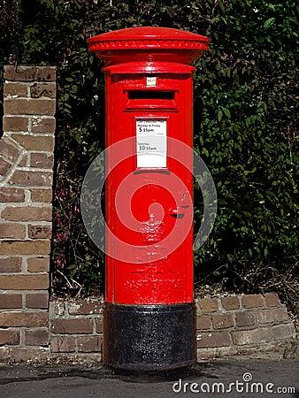 Pudełkowata brytyjska biurowa poczta