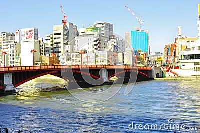 Puente de Asakusa Imagen de archivo editorial