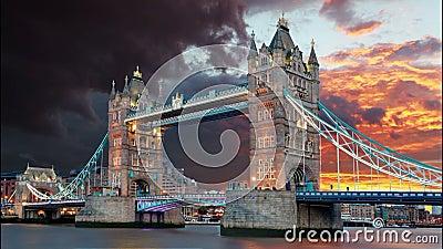 Puente de la torre en Londres, Reino Unido, lapso de tiempo