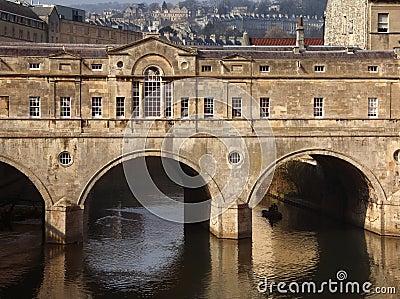 Puente de Poultney - ciudad del baño - Inglaterra