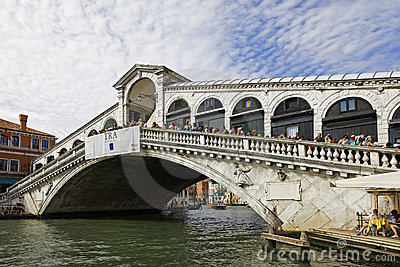 Puente de Rialto Foto de archivo editorial