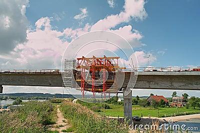 Puente en el río Vistula