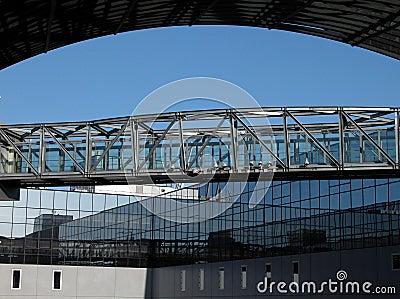 Puente espacial