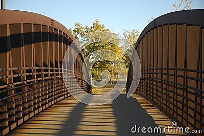 Puente peatonal de acero