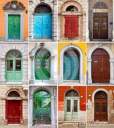 Puertas principales coloridas a las casas fotograf a de for Diseno de puertas principales de casas