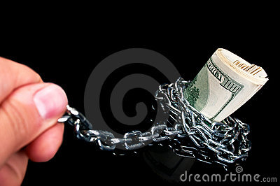 Pulls money from the chain