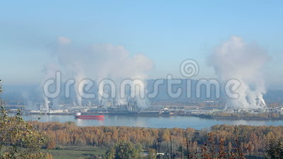 Pulp en Papierfabrieken, Longview, Washington State stock footage