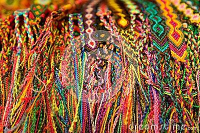 Pulseras tejidas mexicanas