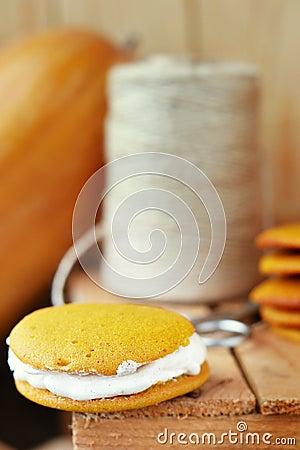 Free Pumpkin Whoopie Cookie Royalty Free Stock Photos - 30270698