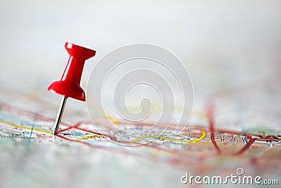 Punaise sur la carte