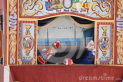 Punch and Judy Performance, Weymouth Editorial Image