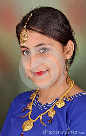Punjabi girl in side pose