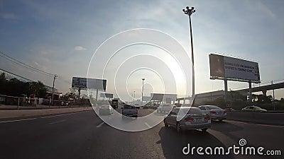 Punkt widzenia upływu hyperlapse przez drogi w ranku, Bangkok, Tajlandia zdjęcie wideo