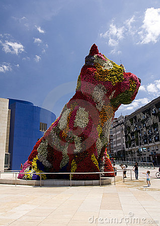Puppy sculpture, Guggenheim Bilbao Editorial Image