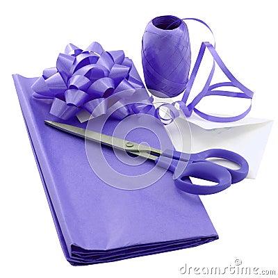 Free Purple Gift Wrap Royalty Free Stock Photos - 970148