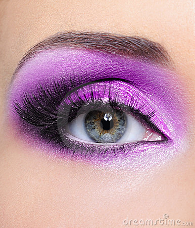 Free Purple Make-up Of Woman Eye Stock Images - 10932944