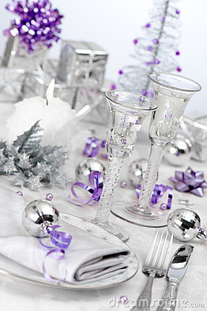 Free Purple & Silver Themed Table Setting Stock Images - 11656864