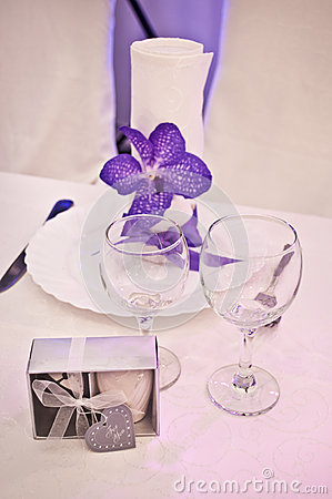 Purple wedding tables