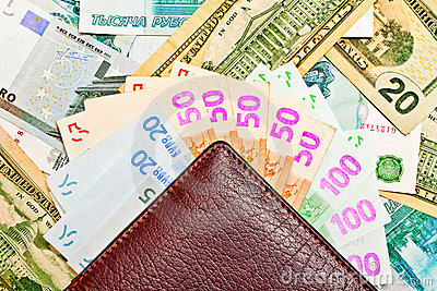 Purse and fan of money