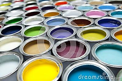 Puszka farba