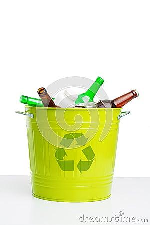 Put rubbish in trashcan!