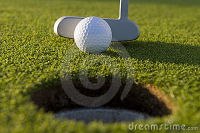 Putt curto do golfe