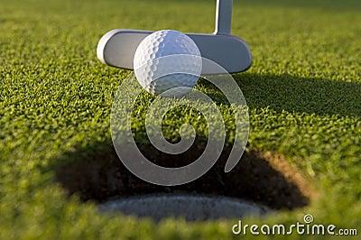 Putt curto do golfe