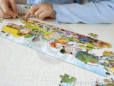 Puzzle assembling 4