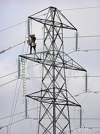 Pylon worker 2