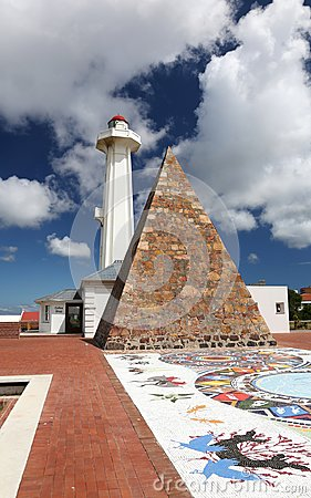 Free Pyramid And Lighthouse In Port Elizabeth Royalty Free Stock Photography - 105800567