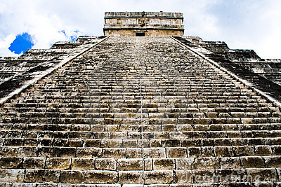 Pyramid of Chichen Itza, Mexico