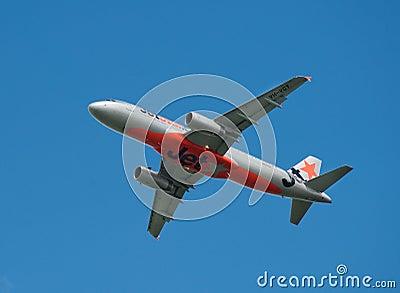 Qantas/JetStar Boeing 737-800 in flight Editorial Photography