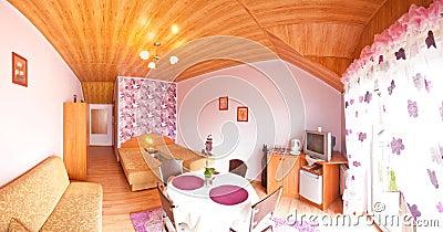 Quarto de hotel violeta