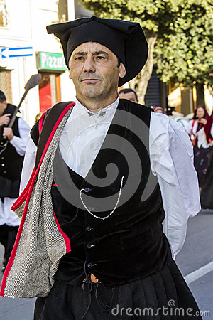 Free QUARTU S.E., ITALY - September 17, 2016: Parade Of Sardinian Costumes And Floats For Dell`uva Festival In Honor Of Sant`Elena Fest Royalty Free Stock Image - 80396886