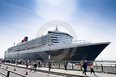 Queen Mary 2 Editorial Stock Image