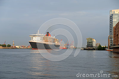 Queen Mary 2 Editorial Photography