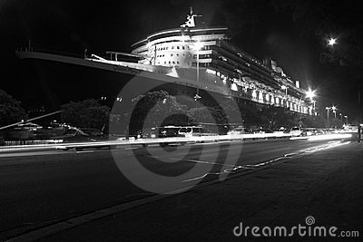 Queen Mary 2 Cruise ship in Sydney, Australia Editorial Stock Photo