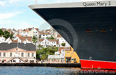 Queen Mary 2 in Stavanger 2 Editorial Photography