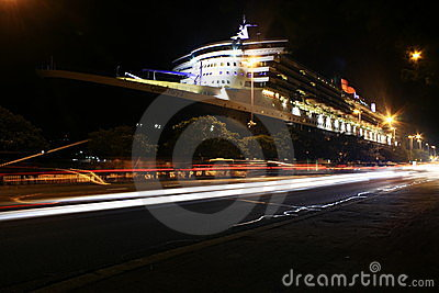 Queen Mary 2 in Sydney, Australia Editorial Photo
