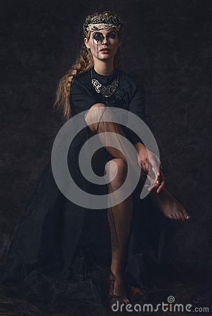 Free Queen Of Darkness In Black Fantasy Costume On Dark Gothic Background. High Fashion Beauty Model With Dark Makeup. Royalty Free Stock Photography - 101685937