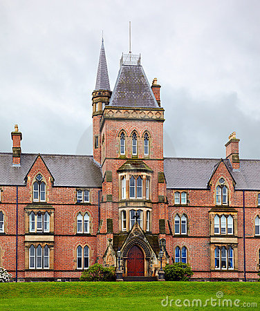 Queen s University of Belfast