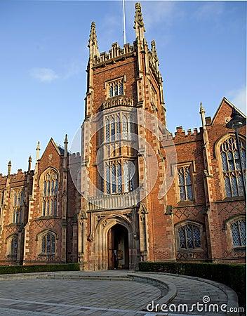 Queens university Belfast front entrance
