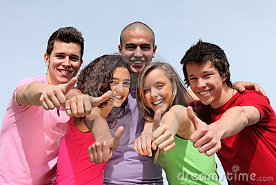 Różnorodni grupowi wiek dojrzewania