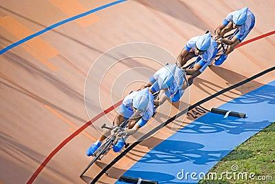 Raça de bicicleta Fotografia Editorial